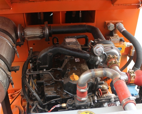 自行式内燃铲运机安全施工的方法