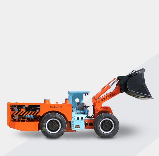 内燃铲运机